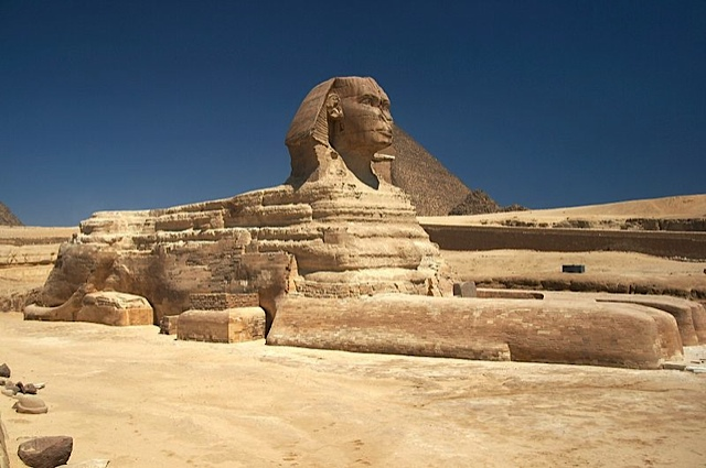 Great_Sphinx_of_Giza_-_20080716a-1.jpg